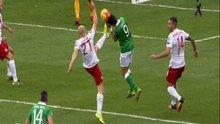 Cüneyt Çakır'dan tartışmalı penaltı kararı