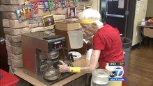 103 yaşında çalışıyor