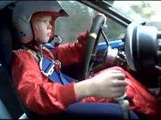 8 yaşındaki ralli pilotu