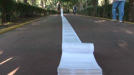Başbakana 136 metre uzunluğunda mektup