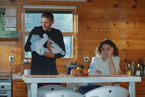 Ayşegül ile Can'ın bebek bakımı ile imtihanı