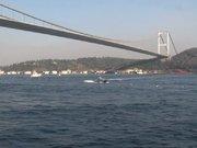 İstanbul Boğazı'nda iki köprüde iki kişi intihar etti