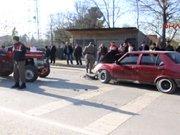 Otomobil ile Traktör çarpıştı: 4 yaralı