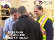 Kanada Başbakanı göçmenleri kapıda karşıladı