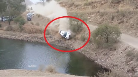 Meksika rallisinde korkutan kaza