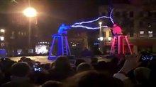 Çılgın elektrik gösterisi