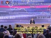 Putin'e Türk bayrağı sallayan kişi Anadolu Ajansı muhabiri çıktı