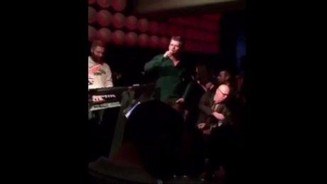 Kıvanç Tatlıtuğ ve Çağatay Ulusoy'dan şarkı şov