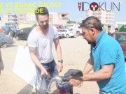 Murat Boz ve Burak Özçivit mobilet üstünde