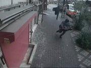 Bağcılar'da banka nakil aracı soygunu