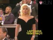 Lady Gaga DiCaprio'ya teğet geçti