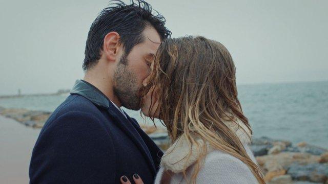 Alper, Dilara'yı öptü!