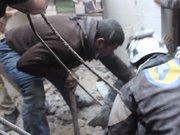 Rus uçakları pazar yeri ile sağlık merkezine saldırdı