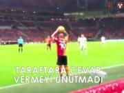 Sneijder ve taraftar arasındaki diyalog
