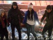 Karlı havada horon teptiler