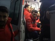 Ambulans içinde yolcu taşıdılar