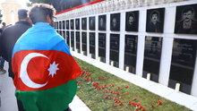 Azerbaycan'da 20 Ocak katliaminda hayatini kaybedenler anıldı