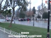 Joe Biden Sultanahmet Camii'nde