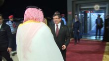 Başbakan Davutoğlu Suudi Arabistan'a geldi