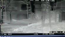 /video/haber/izle/2-teroristin-etkisiz-hale-getirilme-ani-kameraya-yansidi/167690