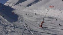 Palandöken kayak merkezinde bisikletli iniş