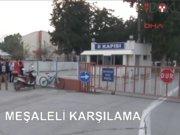 Adana'da meşaleli karşılama