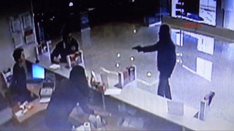 Kahramanmaraş'taki banka soygunu güvenlik kamerasında