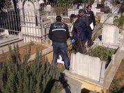 Mezarlıkta bebek cesedi bulundu