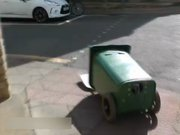 Hareket eden çöp kutusu