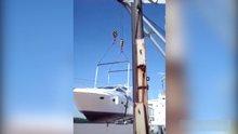 /video/kazalar/izle/gemi-suya-indirilirken-halatlar-dayanamadi/171829