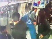 Metrodaki bomba şakası