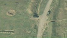 Azerbaycan Ermenistan'a ait askeri araçları imha etti