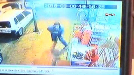 Silahlı saldırı güvenlik kamerasında