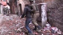 Sur'da 13 PKK'lı teslim oldu