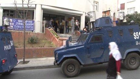 Okmeydanı'nda PTT şubesine silahlı soygun