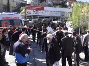 Ataşehir'de beton mikserinin freni patladı