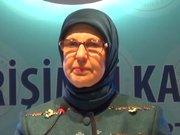 Bakan Ramazanoğlu kürsüde göz yaşlarını tutamadı