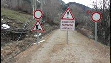 Sivas Köylüleri korkutan heyelan