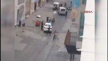 İstiklal caddesi'nde patlama sonrası amatör kameraya yansıyanlar