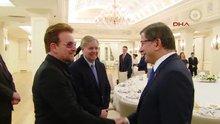 Başbakan Davutoğlu, U2 grubunun solisti Bono ve ABD Kongre üyelerini kabul etti