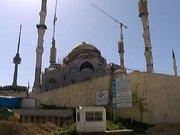 İnşası devam eden yeni çamlıca camii'nde işçi eylemi