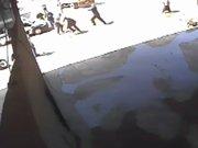 Üç polisi bıçakla yaraladı