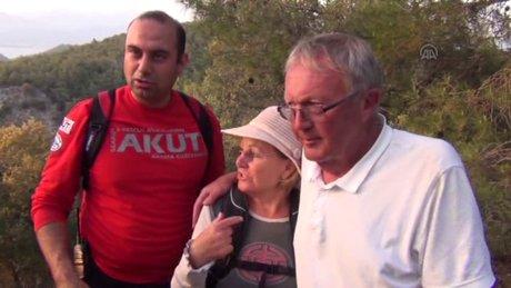 Fethiye'de ormanda kaybolan İngiliz çifti AKUT buldu