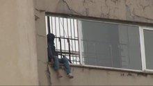 Dolmabahçe'deki Başbakanlık ofisi önünde intihar girişimi