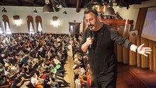 Cem Yılmaz'a Boğaziçi Üniversitesi'nden ''En Sevilen Mezun'' Ödülü