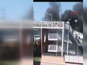 Topkapı'da metrobüs yangını