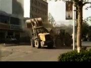 İş makinelerinin savaşı kamerada