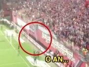 Trabzon'da maçı durduran an!