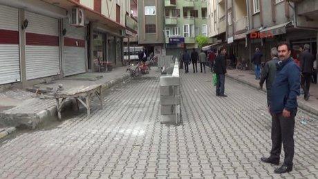 Iğdır Belediyeye kızınca, yola bıraktığı arsasını geri aldı