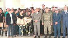 Mardin Derik'te şehit olan askeri eşi sedye üzerinde uğurladı